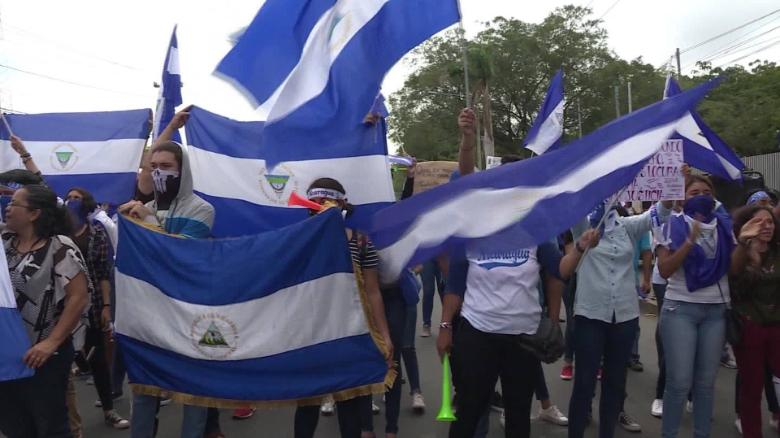 Suicide Catastrophe Nicaraguans In Us Terrified Of Looming End Of Protections Today