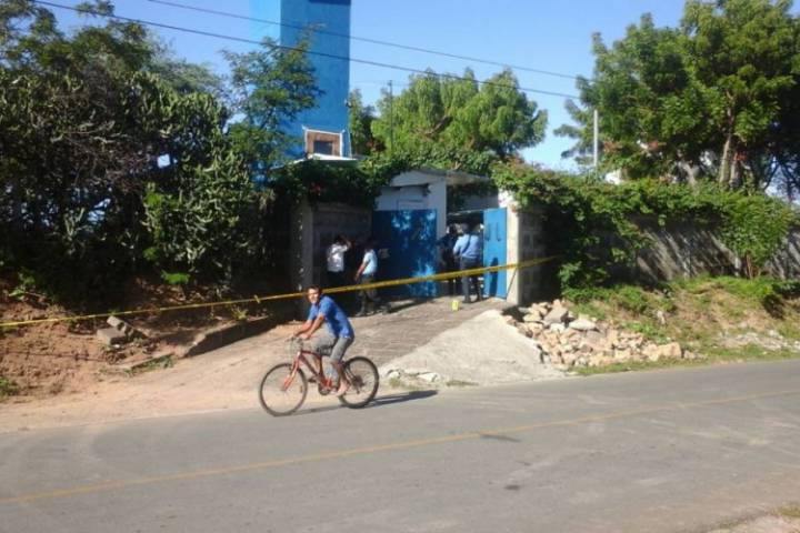 'Quinta Azul' is where Rajan Gill lived in Nicaragua. Intruders broke in early morning of Nov. 30th. La Prensa/Managua.